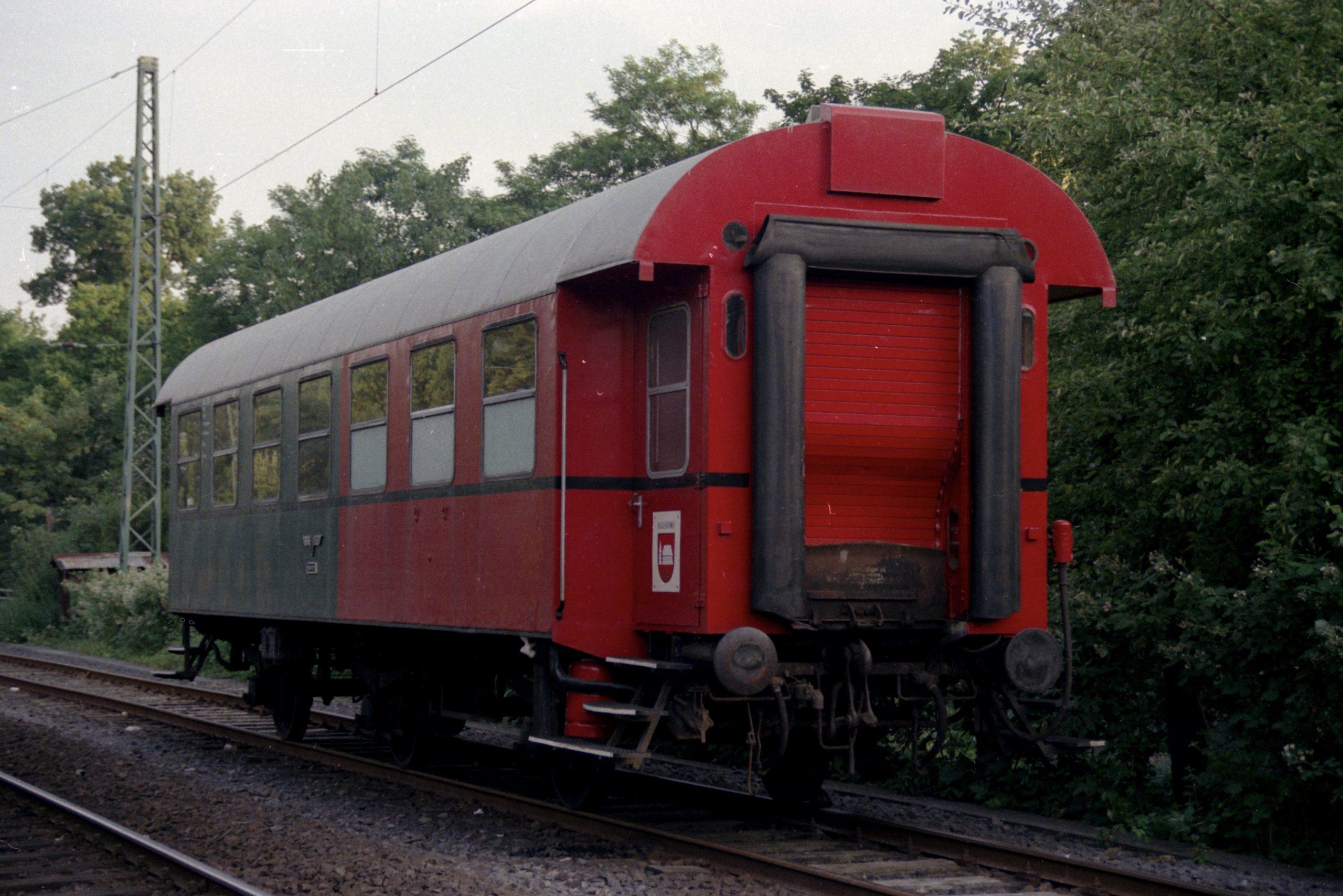 Personen-/Barwagen 0005